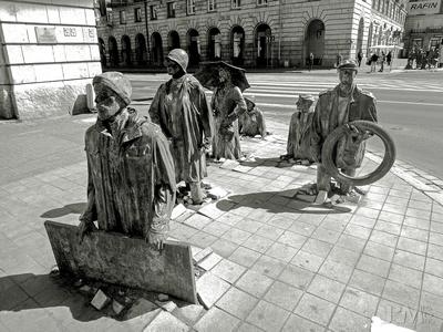 Gatestatuer, Wroclaw